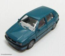 WIKING VW Golf III in türkis Scale 1:87 - neuwertig