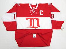 YZERMAN DETROIT RED WINGS 2014 NHL WINTER CLASSIC ALUMNI GAME CCM 6100 JERSEY