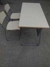 Stapelstühle und Tische 120 x 60 Schreibtisch Freischwinger Stabil