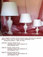 Lampada da tavolo o comodino in legno tornito con paralume - made in Italy