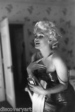 MARILYN Monroe Coco Chanel Ritratto allungato a Muro Arte Poster Stampa Modello