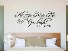 Always Kiss Me GOODNIGHT Camera da Letto Adesivo Parete Romantico Amore Citazione Decalcomania DECOR