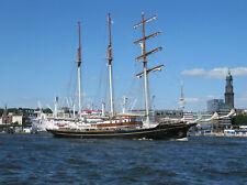 Ansichtskarte Hamburg - Gulden Leeuw mit Michel, NEU
