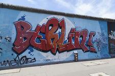 Fototapete Berlin Graffiti Mauer East Side - Kleistertapete oder Selbstklebende