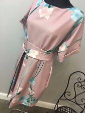 Placard tie front robe avec kimono manches à imprimé floral rrp £ 55 (AS-18/26)