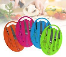 Set coltelli con forbice e tagliere in plastica colorata set da 5 pezzi