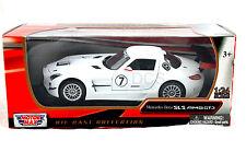 MotorMax  Mercedes Benz SLS AMG GT3 White 1/24 Diecast Car