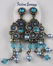Ohrringe lange Ohrstecker Orientalisches Blüten und Perlen Design Altgold