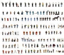 Graham Farish Scenecraft painted figures sets in N gauge (30 products)
