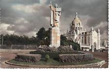 CPSM 14 1968 LISIEUX Statue Ste Thérése- La Basilique