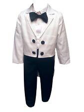 Baby Boy Suit  tuxedo suit Boys smart outfit 3 piece suit Boys Suit