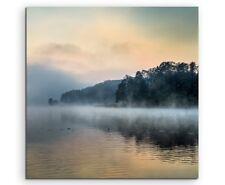 Landschaftsfotografie – Nebel über See bei Sonnenaufgang auf Leinwand