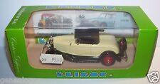 RARE ELIGOR FORD V8 1932 ROADSTER CREME CAPOTE NOIRE REF 1201 1/43 IN BOX