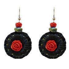 Boucles d'oreilles - idée cadeau - macramé satin noir - rose en fimo rouge