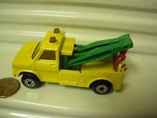 LESNEY MATCHBOX MB61 YELLOW + GREEN BOOMS RED HOOKS WRECK TRUCK *MINT IN GD* BX