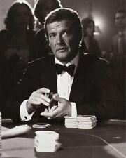 Moore, Roger [James Bond] (56135) 8x10 Photo