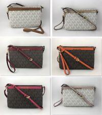 NWT MICHAEL KORS Jet Set Travel Signature PVC LG Pocket Crossbody Messenger Bag