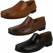 Clarks Hombre Zapatos de Vestir sin Cordones Claude Liso ba49f217def