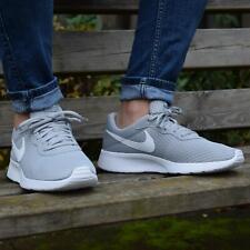 Nike Tanjun Schuhe Turnschuhe Sneaker Herren 812654 010 Grau