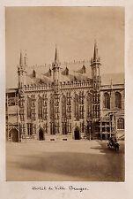 PHOTO - Hôtel de Ville - BRUGES - BELGIQUE -  Tirage albuminé - Vers 1880.