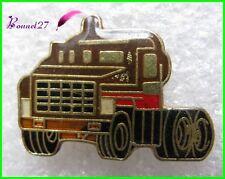 Pin's Un Camion marron truck #1448