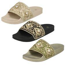 mujer beige / Negro Spot On Cuentas Deslizables Zapatos Sin Talón f0r0088