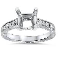 White Gold 1/4ct Princess Cut Diamond Hand Engraved Engagement