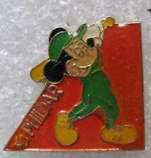 Pin's La Laine PHILDAR Avec Mickey joue BaseBall #C2