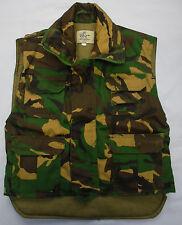 Los Chicos Para Niños Camo Camoflage Acolchado Chaleco Cintura Abrigo Verde Bolsillos