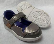4e71183f3d65 BNIB Clarks Girls Tri Pace Metallic Silver Leather Trigenic First Shoes F G
