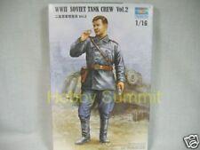 Trumpeter 1/16 WW2 RUSSIAN TANK CREW (b)  re Soviet T-34 /76 /85   # 00702