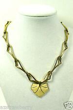 Vintage Monet Signed Gold tone metal link Ivory Color Enamel pendant necklace