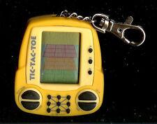 MGA TIC TAC TOE ELECTRONIC HANDHELD KEYCHAIN TRAVEL POCKET KEY RING CHAIN TOY