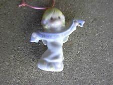 Enesco Precious Moment Angel Christmas Ornament Peace on Earth
