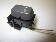 CADILLAC DeVILLE 00-01 2000-2001 POWER DOOR LOCK SWITCH DRIVER OR PASSENGER