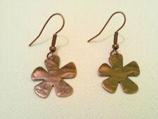 Metal Miss Daisy earrings