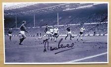 Angleterre Grand Signé Action Photos - Gazza Owen Hurst Stiles Brooking