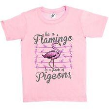 Ser un Flamingo en una bandada de palomas Alto Rosa Niños Chicos/Chicas Camiseta