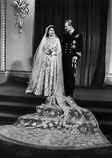 Art Print POSTER Princess Elizabeth and Her New Husband Philip, Duke of Edinburg