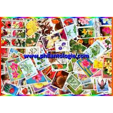 Fleurs timbres thématiques tous différents.