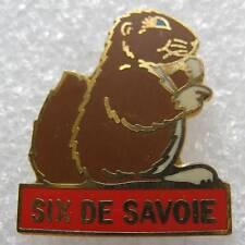 Pin's Fromage le Six de Savoie animal une Marmotte #243