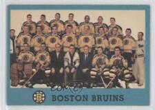 1962-63 Topps #22 Boston Bruins Team Hockey Card
