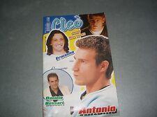 CLEO' ANNO XV N.70/2002 - POSTER (DANIELE BOSSARI/JOSH HARTNETT)