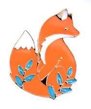 Super lovely gold tone enamel fox brooch / pin