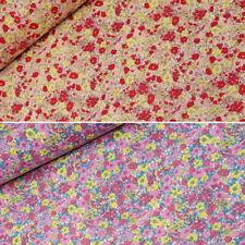 Tela Polialgodón salvaje Groovy Flores Hojas /& Corazones Floral