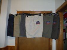 Mens Cargo Shorts Croft & Barrow size 44,42,Elastic side waist 6 pockets 100% co