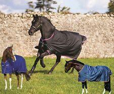 Horseware Amigo Hero 6 lite chocolate/ fig/ atlantic blue/ red Weidedecke Regend