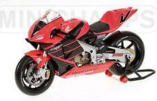 MINICHAMPS 122 017998 Spencer & 017999 Doohan HONDA RC211V GP test bikes 1:12th