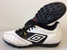 Boys Umbro Geometra Cup Football Astro Shoes UK 4 5.5  T253