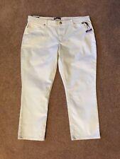 Lee Midrise Fit White Crop Pants NWT